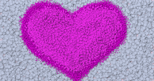 Painted polka-dot fuchsia heart :)